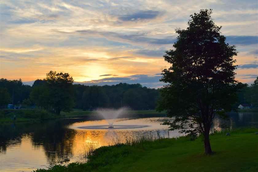 clouds countryside dawn fountain